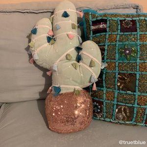 🆕 Lauren Conrad Rose Gold Cactus Pillow